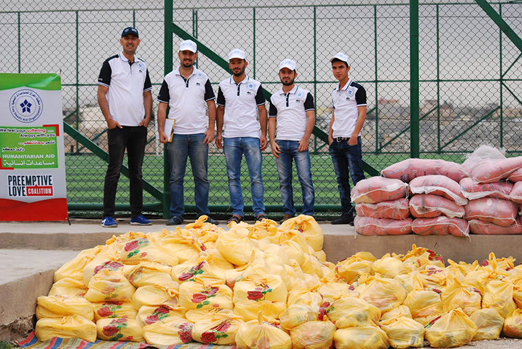 The team at Iraq Health Aid Organization worked tirelessly to deliver food baskets for displaced Iraqi families on behalf of Preemptive Love Coalition.