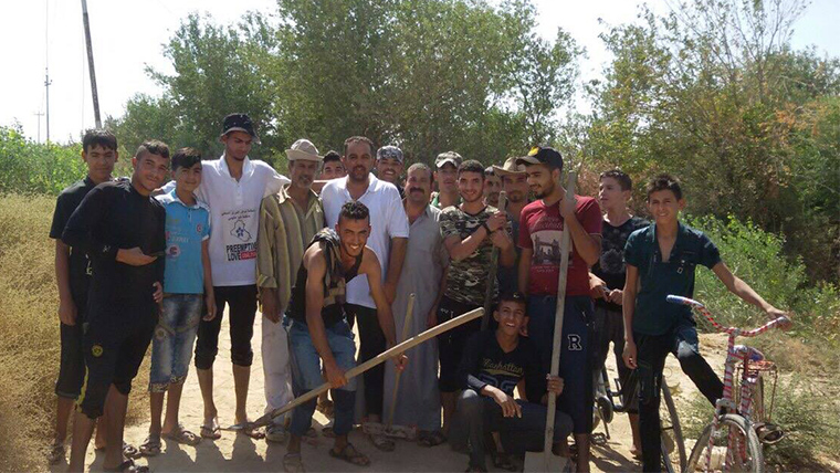 You are helping the Iraqi community of Mukashafah to rebuild.
