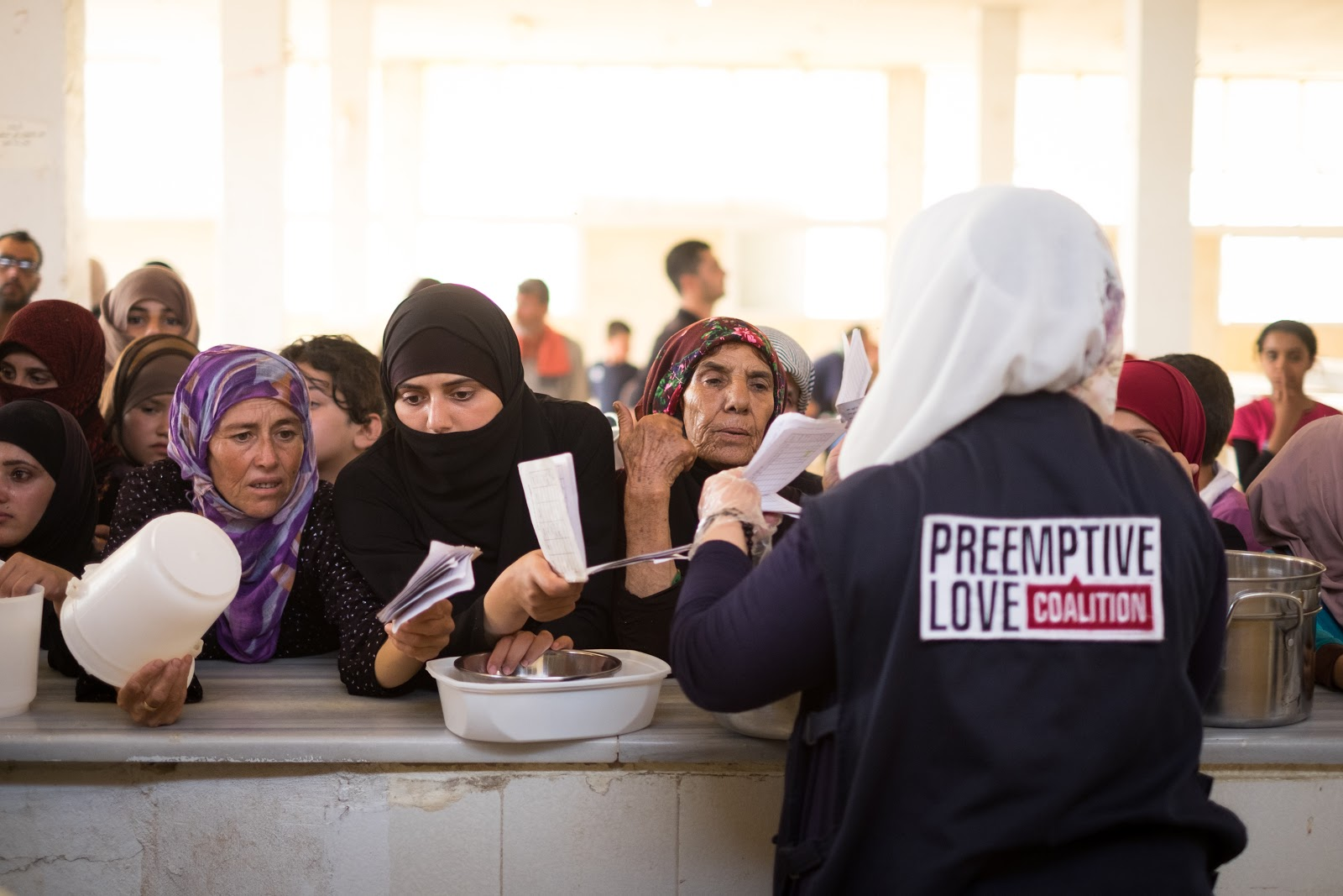 Feeding displaced families in Syria